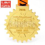 Персонализированный выгравированный выполненный на заказ металл покрынный золотом уникально лазер названное пустое медаль с стикером печатание вводит логос