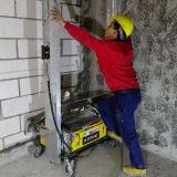 壁のセメント乳鉢のスプレーか塗る機械