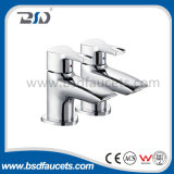 Pair en laiton Pillar Basin Taps dans Chrome R-U Taps