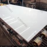 純粋で白いカラー20mm人工的な石造りの水晶平板