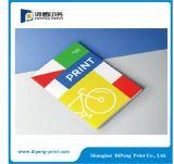 4つのカラー本の印刷サービス