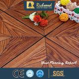 Suelo laminado de madera de la textura de la viruta del tablón AC3 del vinilo del anuncio publicitario 8.3m m