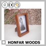 Bâti en bois de photo de cadre d'ombre de Brown
