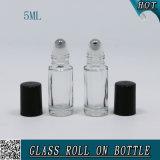 Rodillo del vidrio verde de los cosméticos de la alta calidad 5ml en la botella para el petróleo esencial