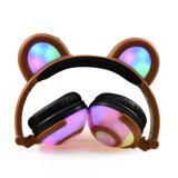 Écouteur stéréo de câble pliable d'oreille de panda de la couleur DEL