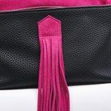 ローズの赤い革ふさのクラッチのハンドバッグが付いている黒いLicheeパターンPU、Elegentの女性の装飾的な袋、札入れ