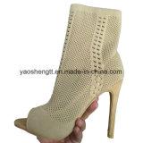 ハイヒールの靴のためのFlyknitの甲革