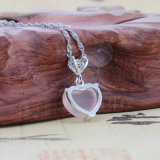 Il cuore reale dell'argento sterlina 925 ha modellato i monili superiori del loto di pietra intarsiati collana Pendant