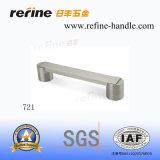 Aluminum Zinc Alloy Furniture Hardware Pull Handle (T-721)