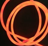 Il LED lega l'indicatore luminoso con un nastro per la decorazione di festa