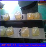 Машина оборачивать пленки упаковывая для мыла