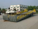 Rampes bon marché de yard hydraulique réglable lourd de capacité pour la charge de camion