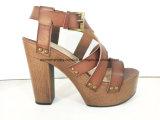 Lady Chaussures Block Wood High Heel Platform Femmes Sandal Chaussures avec goujons