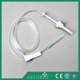 CE/ISO aprovou a infusão descartável médica da venda quente ajustada (MT58001211)