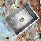 2015 de Nieuwe Gootsteen van het Keukengerei van het Roestvrij staal van het Ontwerp Met de hand gemaakte (6040S)