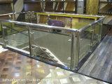 Escadaria de vidro personalizada com Railling de alumínio