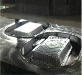 Tellersegmente und Teller, AluminiumContaner, das Maschine herstellt