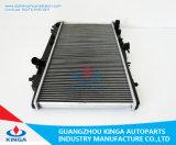 I ricambi auto di avanzamento comerciano il radiatore all'ingrosso misura per il prezzo di raffreddamento 1989-1990 del motore di Mazda Asrina 323ba Mt
