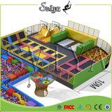 Campo de jogos interno extremo atrativo combinado luxo do Trampoline do parque da aventura