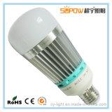 Bulbos escarpados de la luz LED de la bola de aluminio de interior de la bombilla LED de la luz de bulbo del LED