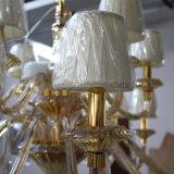 De antieke Kroonluchter van het Kristal van de Luxe Amber met de Schaduw van de Stof