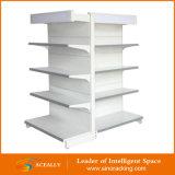 販売のための使用されたスーパーマーケットの棚か記憶装置によって使用される棚