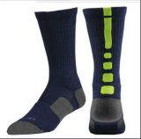 Sokken van de Sport van het Kussen van de Sokken van de Bemanning van de Mensen van de douane de In te ademen dri-Geschikte