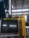 Operaio del ferro di fabbricazione del contenitore e fabbricazione di Notcher