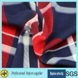 le plaid de la mode 60s a estampé le tissu de rayonne pour le modèle de chemise de ressort