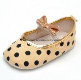 Крытые ботинки младенца 11 малыша