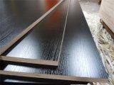 E1 접착제를 가진 경재 코어 검정 색깔 멜라민에 의하여 박판으로 만들어지는 합판