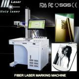 Machine à chaînes de marqueur en métal de machine d'or avec la machine d'inscription de laser de fibre pour le métal