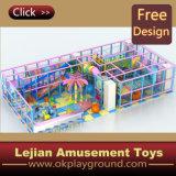 CE très amusant enfants Château de loisirs Aire de jeux intérieure