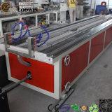 Máquina composta plástica de madeira, placa de WPC/linha extrusão do perfil
