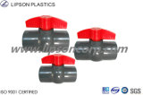 Válvulas del PVC de las instalaciones de tuberías de la fábrica del fabricante