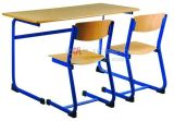 Escuela Furniture Student Double Wooden Desk y Plastic Chairs