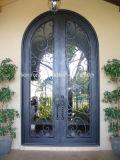 Doppi portelli della parte superiore rotonda del ferro pieno del bronzo