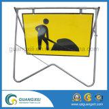 Frames portáteis e dobrando-se da alta qualidade de tráfego do sinal da placa para a estrada