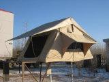 最高位の屋根の上のテント(CRT8001)