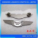 Divisa de encargo del Pin de la solapa del ala del oro del metal de la alta calidad con el esmalte suave (LZY-1000078)