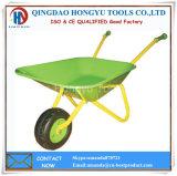 子供の庭の一輪車