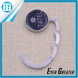 Souvenir Bronze Bag Hanger con The School Name e Logo