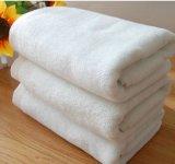 De Badhanddoeken van het hotel 70X140cm 500g Superieure Badhanddoeken van de Absorptie van het Water