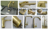 7 años de la filigrana del oro de mezclador montado en la pared de lujo aplicado con brocha garantía del lavabo