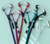 Fone de ouvido colorido da em-Orelha com os auscultadores de nylon do Zipper do escudo do metal