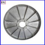 鋳造の工場は高圧にアルミニウムにダイカストで形造を製造する