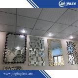 Specchio colorato della parete dello specchio di periodo sullo specchio/specchio del mosaico/specchio di periodo