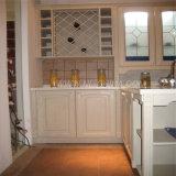 Armadio da cucina della melammina con il comitato del portello di rivestimento di legno solido