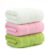 100%のホームのための純粋な綿の浴室タオルの着色された吸水タオル