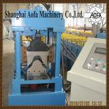 Neue Art-Farben-walzen Stahldachridge-Verbrauch die Formung der Maschine kalt